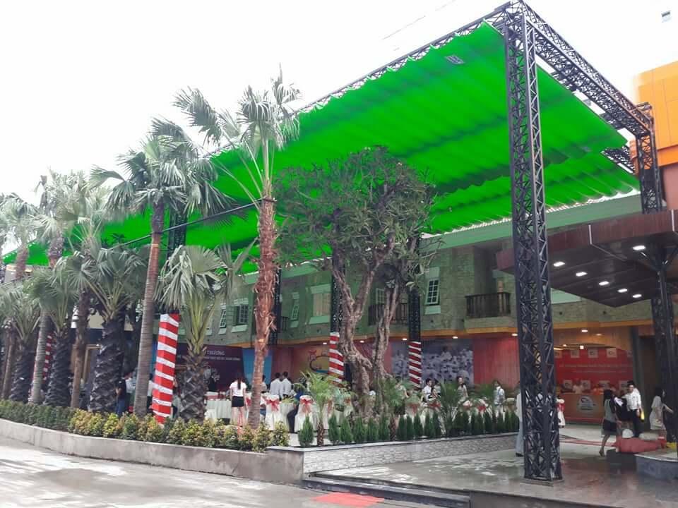 mái xếp di động cho nhà hàng